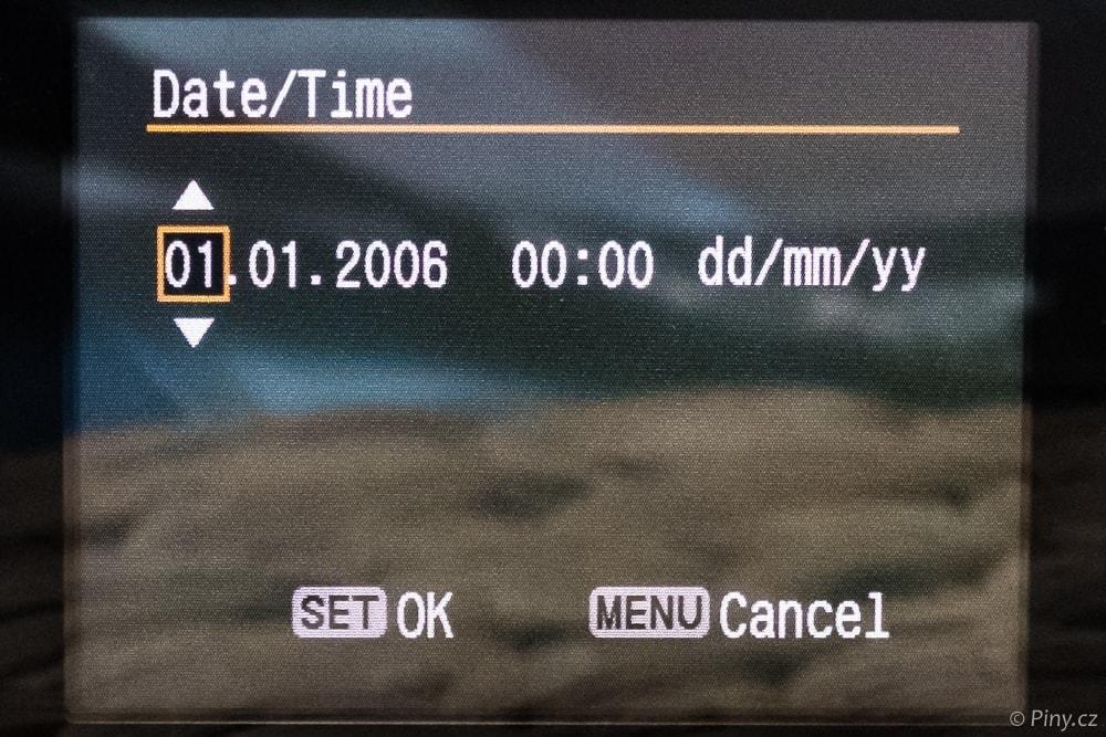Fotorada #33 – Pročse vefotoaparátu začnesám vymazávat datum ačas?
