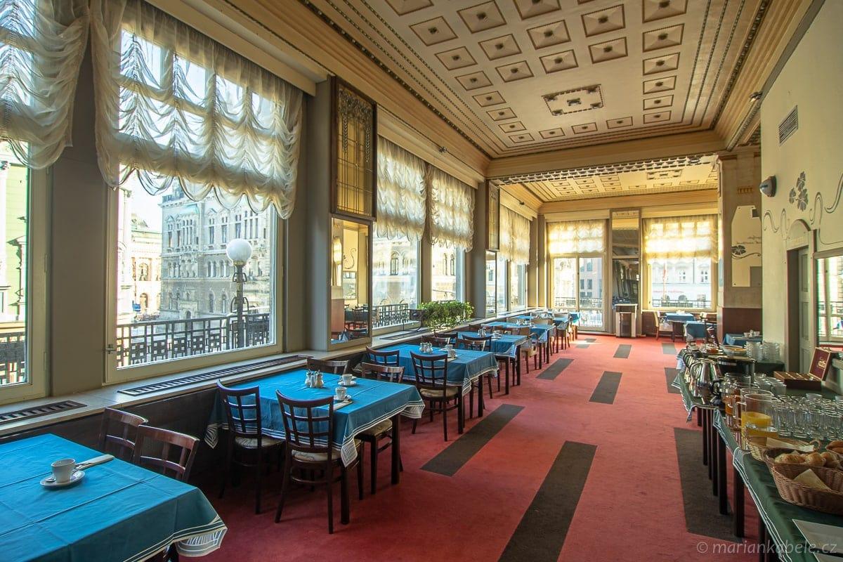 Hotel Praha - foto mariankabele.cz