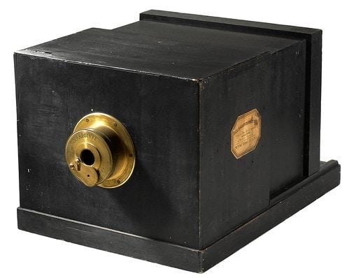 Giroux Daguerréotype Camera, 1839.