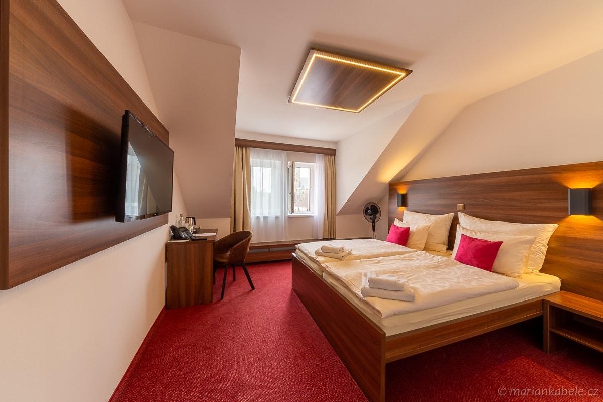 Bohemia Inn hotel Turnov - foto mariankabele.cz